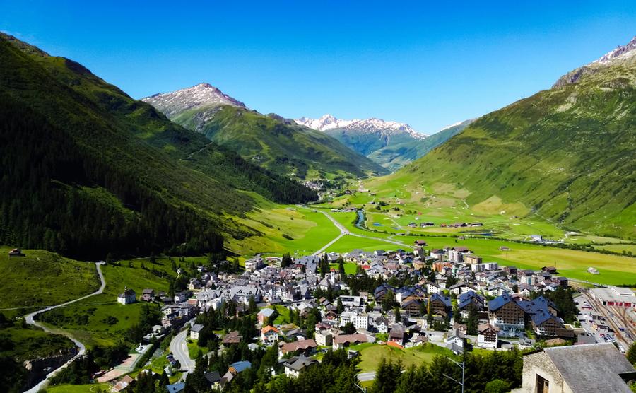 ski and golf resort