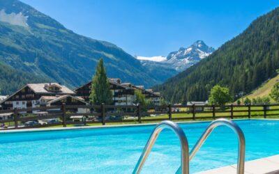 Top 10 giveaways of luxury ski homes