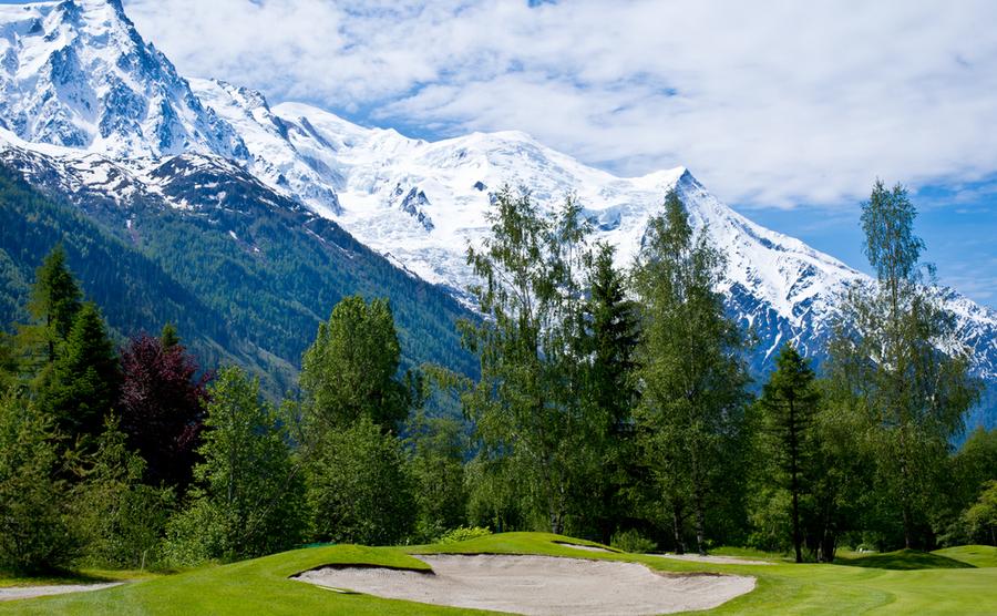 ski and golf resorts